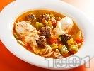 Рецепта Оджа с кюфтенца - средиземноморска супа топчета с поширани яйца